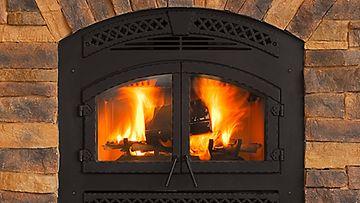 Tulisijan kunto on tärkeää tarkistaa ennen talven tuloa.