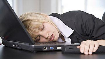 Väsymys voi johtua yksipuolisesta ruokavaliosta.