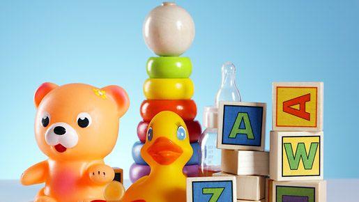 Vauvan lelujen desinfiointi