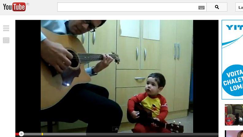 Kuva on kuvakaappaus Youtube-sivustolta.