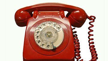 Puhelinmyyjien kanssana kannattaa olla tarkkana.