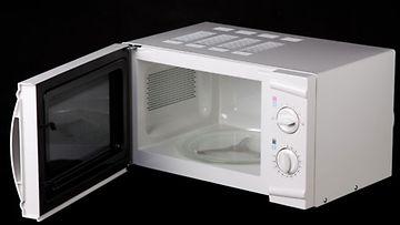 Mikroaaltouuni saattaa hyvinkin olla kotisi monipuolisin kone - ainakin jos amerikkalaisia on uskominen.