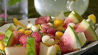 aurinkoinen melonisalaatti