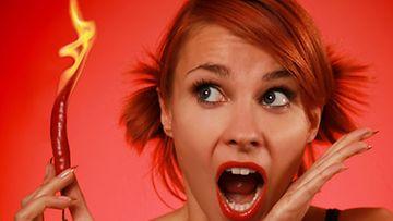 Chiliä ei kannata tunkea paljaaltaan nenään, mutta chilipitoisesta nenäsuihkeesta voi olla apua.
