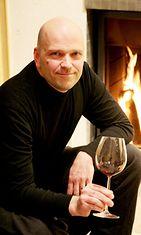 Viinikouluttaja Mika Vanne