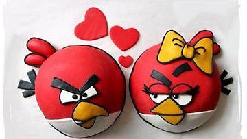 Ulla Svenskin upeat Angry Birds -ystävänpäiväkakut on helppo valmistaa.