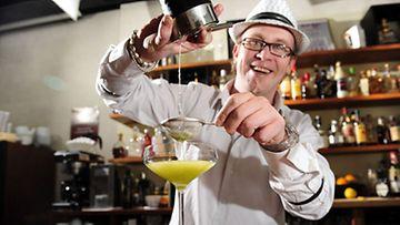 Baarimestari Timo Siitosen A21 Cocktail Lounge valittiin vuonna 2009 maailman parhaaksi baariksi.