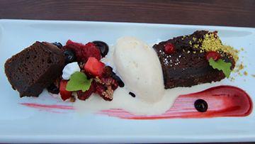 Panimoravintola Huvilan portersuklaakakku sai australialaisturistit itkemään ilosta.