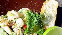 Lämmin rapu-perunasalaatti
