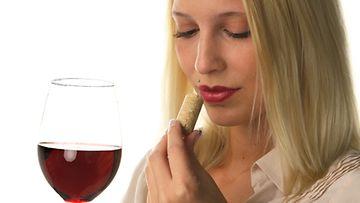 Tunnista hyvä viini.