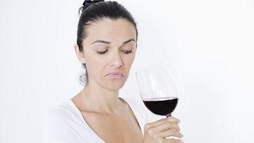 Tunnista pilaantunut viini!