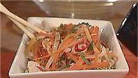 Porkkana-broileriwokki