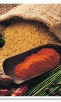 riisiä ja mausteita