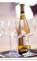 viinipullo ja lasit