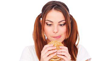 Neitsyelle sopii herkkupäivä kerran viikossa, jotta laihdutus innostaa.