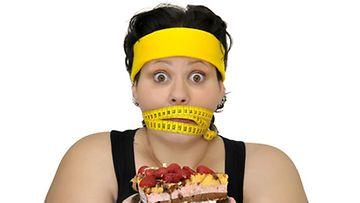 Napostelusta voi päästä eroon säännöllisellä ateriarytmillä.