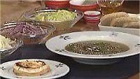 Sipulikeitto ja vuohenjuustoleipä