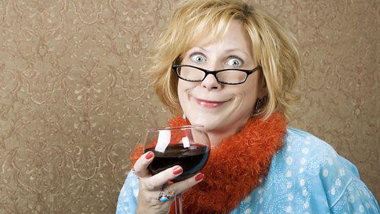 Pikkujouluissa voi helposti juoda hieman liikaa.