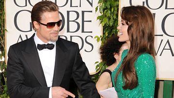 Brad Pitt lähti Ranskaan.