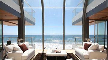 Näyttävä näköala on yksi asunnon parhaita puolia.