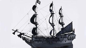 Black Pearl -laivan pienoismallin voi ostaa esimerkiksi Csnstores.com-sivustolta.