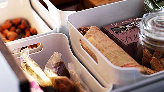 Laatikot laatikoiden sisällä helpottavat järjestyksen ylläpitoa.