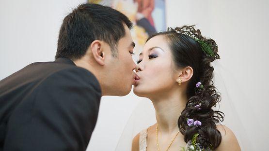Etsii miljonääri dating site