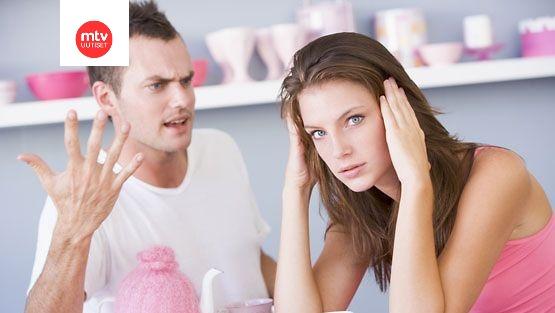 Ero dating kosiskelu ja suhde