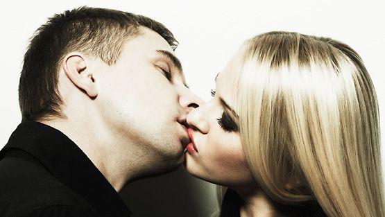 34 vuotta vanha mies dating 24-vuotias nainen