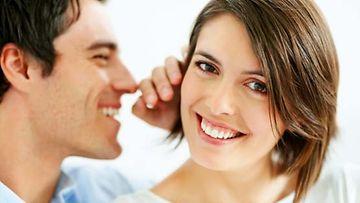 Mieskuiskaaja opettaa, kuinka naisen kannattaa käsitellä miestä.