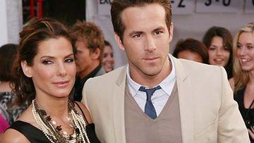 Sandra Bullock ja Ryan Reynolds kiistävät seurustelevansa.