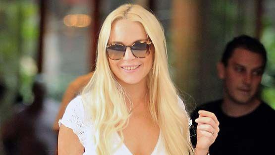 Lindsay Lohan piirittää Chris Brownia.