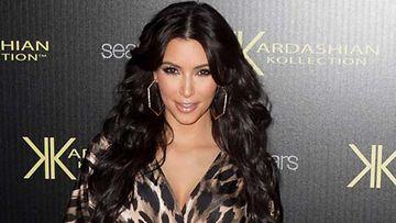 Kim Kardashianin häät herättivät kritiikkiä.