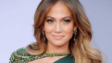 Jennifer Lopez haluaa olla moderni ja seksikäs.