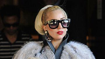 Lady Gaga pääsi eroon negatiivisesta energiasta.