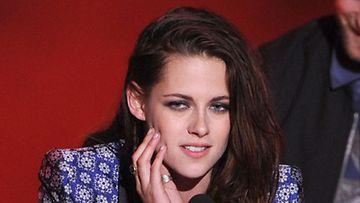 Kristen Stewart riutuu.
