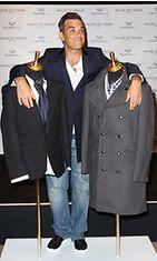 Robbie Williams lanseerasi oman vaatemalliston.