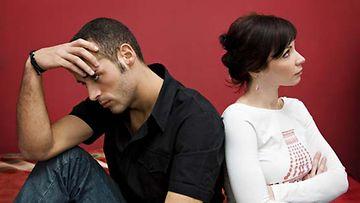 Mustasukkaisuuden laatu riippuu sukupuolesta.