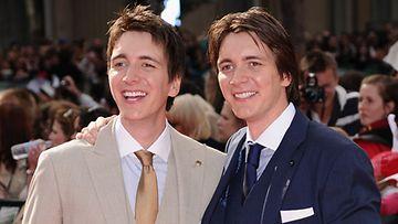 Oliver ja James Phelps vuonna 2011