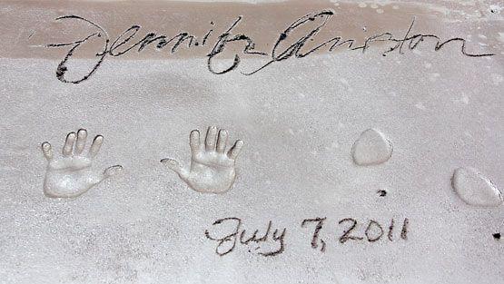 Jennifer Aniston ikuistettiin katuun