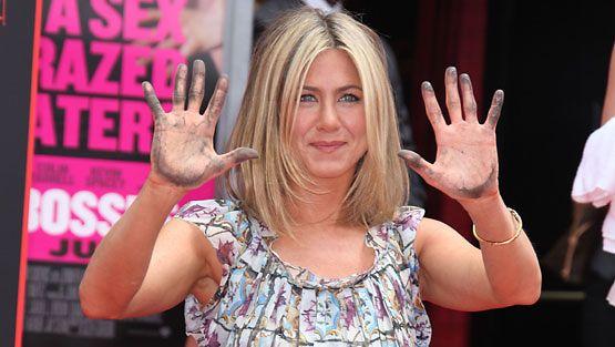 Jennifer Anistonin kädet ikuistettiin