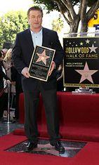 Alec Baldwin oli ylpeä paikastaan muiden tähtien joukossa.