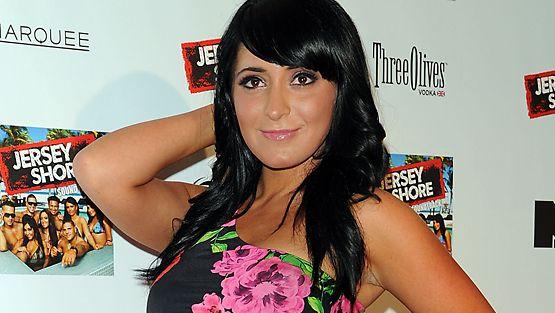 Jersey Shoren Angelina Pivarnick meni kihloihin.