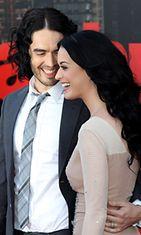 Katy Perry ja Russell Brand huhtikuussa 2011.