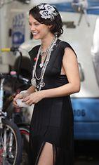 Deanna Russo Gossip Girl -sarjan kuvauksissa.