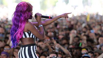 Azealia Banks esiintyi Coachella-festivaaleilla Yhdysvalloissa huhtikuussa 2012.
