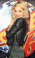 Rita Ora esiintyi yhdysvaltalaisella klubilla heinäkuussa 2012.
