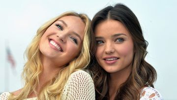 Victoria's Secretin enkelit Candice Swanepoel ja Miranda Kerr