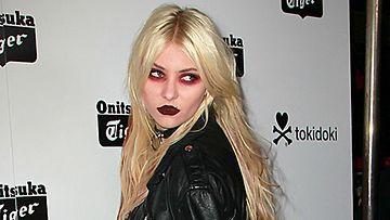 Taylor Momsen ei pelkää räväyttää.