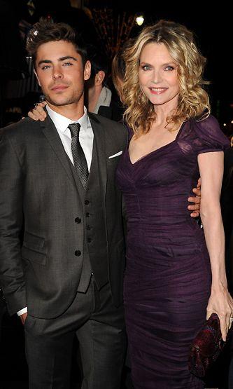 Zac Efron ja Michelle Pfeiffer näyttelivät yhdessä elokuvassa New Year's Eve.